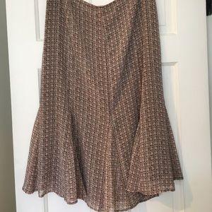 Flouncy summer skirt size 16, fits size 12-14